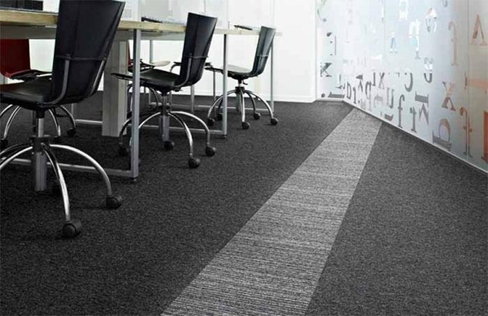 Рулонный ковролин или ковровая плитка